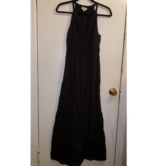 Old Navy Dresses & Skirts - 🌻 Black Maxi Dress